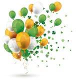 Trevos alaranjados verdes do St Patricks do irlandês dos balões ilustração stock