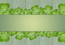 Trevos no fundo verde Foto de Stock