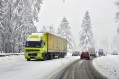 Tráfego duro do inverno Fotos de Stock