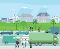 Tráfico de ciudad en vecindad residencial Imagen de archivo libre de regalías