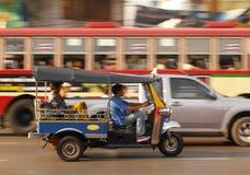 Tráfico frenético de Bangkok - Tailandia Fotografía de archivo