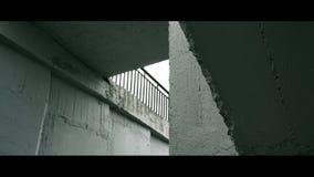 Triángulo inusual del puente fotografía de archivo libre de regalías