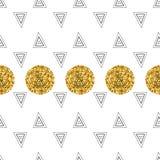 Triángulos y círculos de oro, lentejuelas Modelo inconsútil Fondo geométrico, abstracto Formas del garabato Fotos de archivo