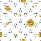 Triángulos y círculos de oro, lentejuelas Modelo inconsútil Fondo geométrico, abstracto Formas del garabato Imágenes de archivo libres de regalías
