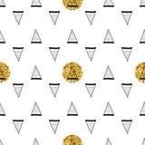 Triángulos y círculos de oro, lentejuelas Modelo inconsútil Fondo geométrico, abstracto Formas del garabato Fotos de archivo libres de regalías