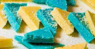 Triangles bleues et blanches d'épicerie fine image stock