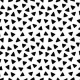 Triangles noires et blanches modèle sans couture géométrique simple tiré par la main, vecteur Image libre de droits