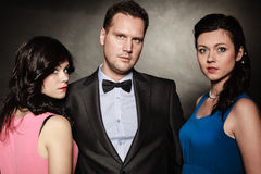 Triangolo amoroso Due donne ed un uomo betrayal Fotografia Stock