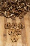 Triangolo fatto dai wallnuts Immagine Stock