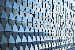 Triangulär formad väggdesign Arkivbilder