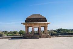 Triangulär kupol för historiskt markistorn arkivbilder