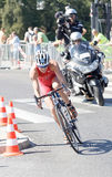 Triathlete flor Duffy kolarstwo, podążać filmuje drużyny Obrazy Stock