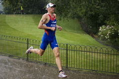 Triathlon 2011 - Alexander Bryukhankov de Londres Fotografia de Stock Royalty Free