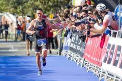Triathlon Barcelona - corriendo Imagenes de archivo