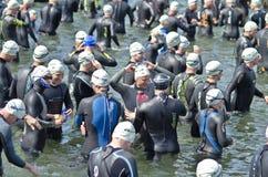 Triathlon levantado Imagenes de archivo