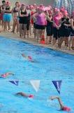 Triathlonrosa färger i Gold Coast Australien Arkivfoto