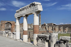 Tribuna romana di Pompeii Fotografie Stock
