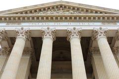 Tribunal de Grande Instance门面, Nîmes,法国 库存图片
