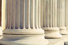 Tribunal de los pilares de la columna Fotos de archivo