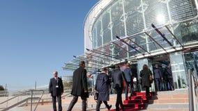 Tribunal Europeo de Derechos Humanos que entra de la delegación oficial durante Emmanuel Macron French Presidente