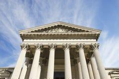 Tribunal sur un ciel renversant Images libres de droits