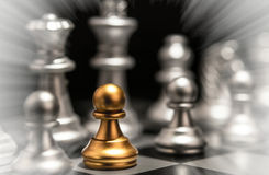 Tribune uit het concept Odd Chess Piece van de menigteindividualiteit Royalty-vrije Stock Fotografie