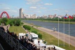 Tribunes en rivier bij de Grote Regatta 2011 van Moskou Stock Afbeeldingen