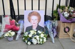 Tributi ad ex Minster principale britannico Margret Thatcher Who Died L Fotografia Stock