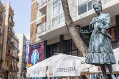 Tributo della statua a Raquel Meller, nel viale di Paralelo, Barcellona immagini stock