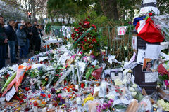 Tributo a los tiroteos de Bataclan de las víctimas Fotos de archivo