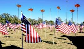 Tributo permanente de la bandera americana a los veteranos en Abilene, TX Foto de archivo
