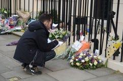 Tributos à igreja principal britânica ex Margret Thatcher Who Died L Fotos de Stock