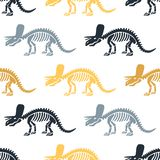 Triceratops och fossil för dinosaurie skelett- seamless vektor för modell stock illustrationer