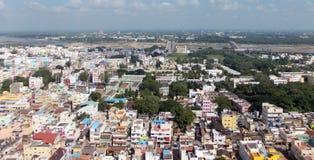 Trichy är en färgrik liten stad i södra Indien royaltyfria bilder