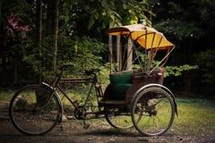 Triciclo velho de Tailândia fotos de stock