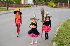 Trick-eller-fest tradition fotografering för bildbyråer