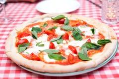 Tricolore de la pizza de Margherita Italian foto de archivo libre de regalías