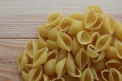 Tricolors pasta, italiensk pasta, vanlig pasta, kortkort beskjuter pasta, Royaltyfri Fotografi