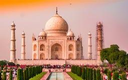 Tricolour av indisk flagga Taj Mahal världsunder arkivbild