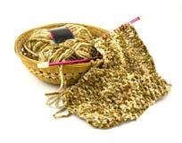 Tricotage d'une écharpe Photographie stock