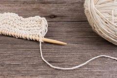 Tricotage et fil de laine Photos stock