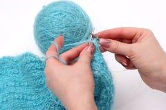 Tricottare un pullover Fotografia Stock