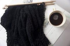 Tricotti il maglione nero Fotografia Stock Libera da Diritti