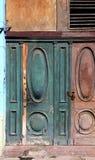 Tricycle et vieux bâtiment de La Havane photographie stock libre de droits