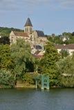 Το γραφικό χωριό του Triel-sur-Seine Στοκ Εικόνες