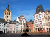 Trier, Hauptmarkt, square with half-timbered houses and church Stock Photo