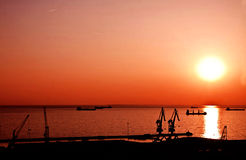 Trieste, Itália - porto velho no por do sol Fotografia de Stock