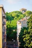 TRIESTE ITALIEN - 20 JULI, 2013: gatasikt i sommardag Royaltyfri Foto