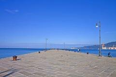 Trieste, passeggiata sul molo Audace Fotografia Stock Libera da Diritti