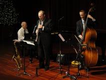 Trifecta Jazz-Band am Tempel Lizenzfreies Stockbild